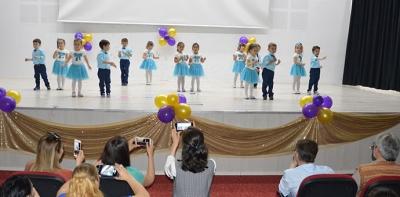 Havza'da İlk Kıvılcım Anaokulundan Yıl Sonu Gösterisi