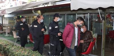 Havza'da Polis Maske Ve Sosyal Mesafe Denetimi Yaptı