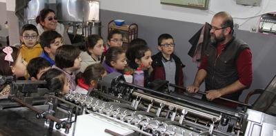 Öğrencilerden Gazete ve Matbaa Ziyareti