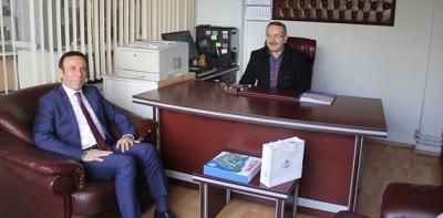 Osman Genç 25 Mayıs Gazetesini Ziyaret Etti
