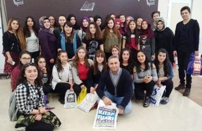 Şeh.Osman Ünal Mesleki ve Teknik Anadolu Lisesi Kitap Fuarında