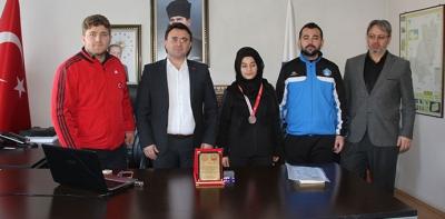 Türkiye üçüncüsünden Kaymakam ve Milli Eğitim Müdürlüğüne ziyaret